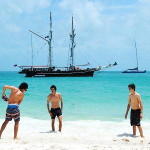 Whitsundays Sailing Adventure 2 Day