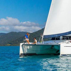 Liveaboard Sailing Whitsundays Getaway